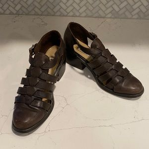 🌟 VTG Kenneth Cole Unlisted Brown Leather Sandals